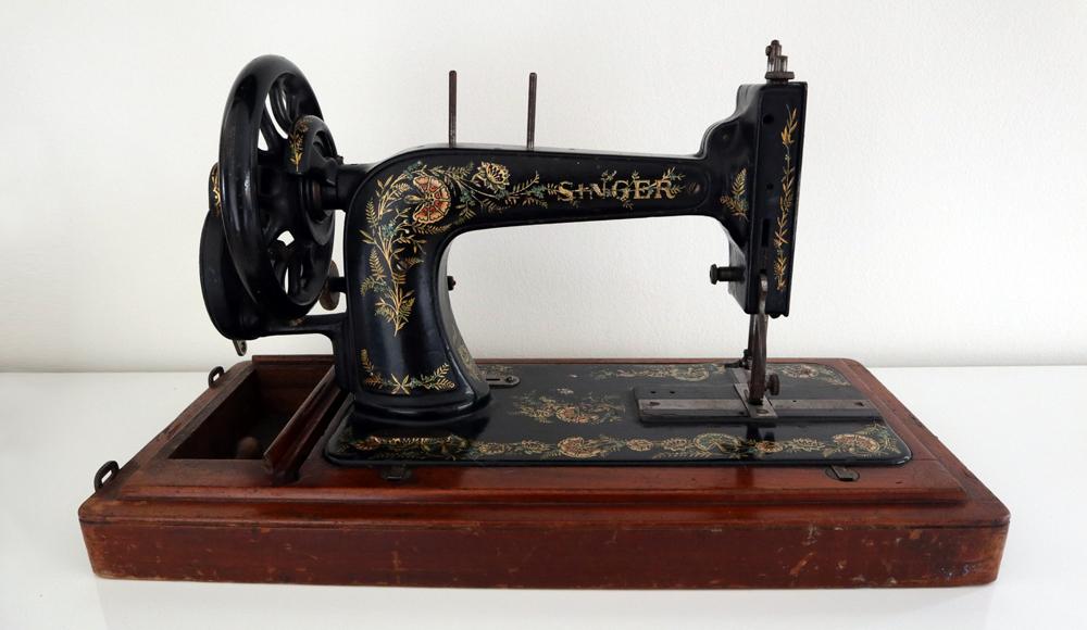 Antieke Singer naaimachine uit 1905
