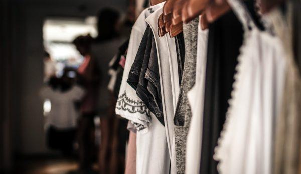 zelfgemaakte garderobe
